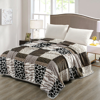 Stylish Big Plaid Pattern Super Comfortable Mink Felting Blanket Floral Blanket Thrown On The Sofa / Bed / Travel Breathable