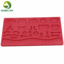 3D Silicone Mold Robot Shaped Cake Decorating Tools Lace Mat Fondant Cupcake Decoration Soap Wilton Style Red