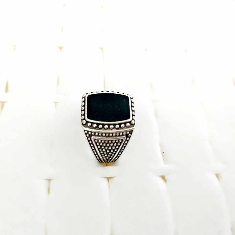 2018 Baru Kedatangan Perak Menakjubkan Warna Vintage Retro Cincin untuk Wanita dan Pria Antik dengan Shinning Kristal Hitam Gratis Pengiriman
