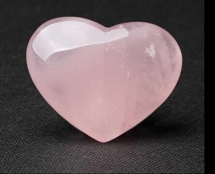 SUIRONG---331+++Natural pink rose quartz crystal stone heart crystal heart ornaments Wang marriage