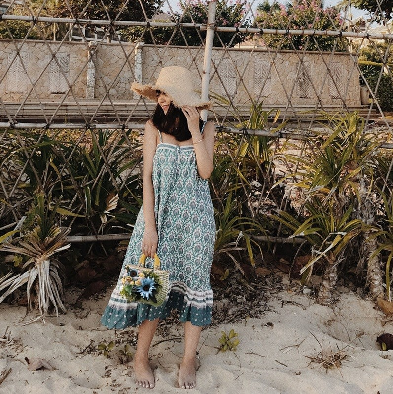 2018 New Green Floral Print Summer Dress Summer Sexy Spaghetti Straps Loose Boho Hippie Dresses