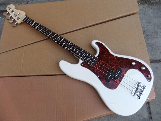 En gros 4 Cordes Basse Électrique Guitare En Blanc 101208