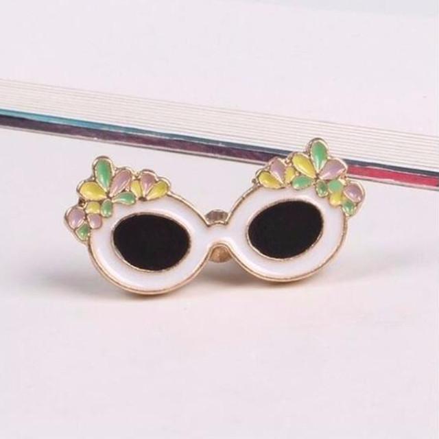 Fashion Brooch Pins