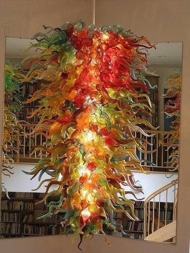 Hall d'entrée de l'hôtel lumière LED grande taille en verre coloré fleur lustre