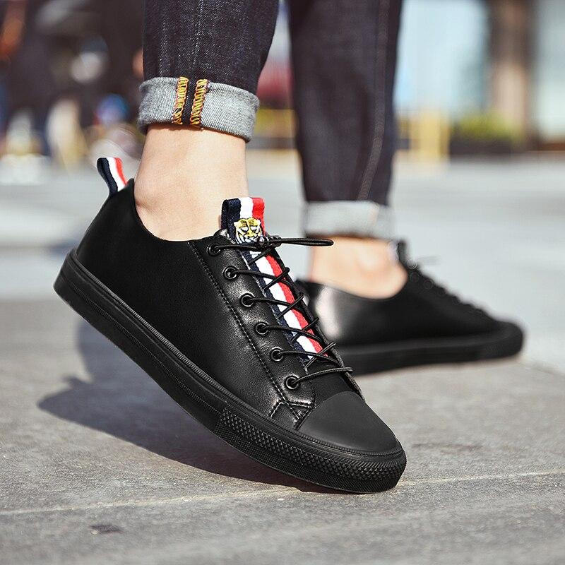 SUROM 2018 automne nouvelles chaussures de mode hommes baskets marque de luxe en cuir respirant à lacets chaussures décontractées hommes Krasovki nouveau