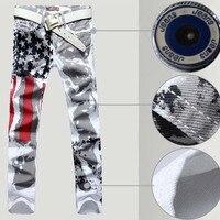 HOT 2017 mannen USA Vlag Wit Jeans Schilderen Kleurendruk streep Katoen Stretch Straight Denim Overalls Mannen Plus Size 44 46