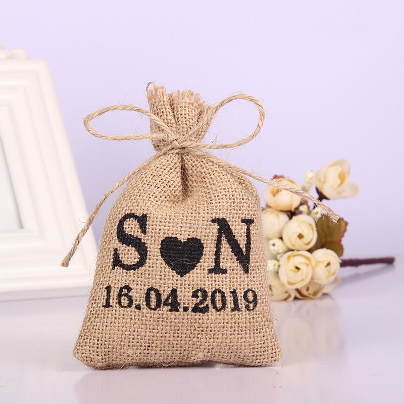 wedding : 50PCS 10 14Cm Personalized Burlap Hessian Drawstring Bag Custom Name Bags Gifts Packaging Pouchs Small Wedding Gifts for Guests