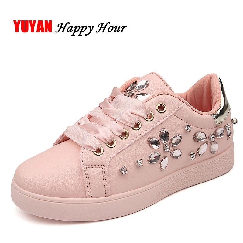 2018 Fashion Sneakers Women Flat Heel Rhinestone Casual Shoes Soft Women's Sneakers Ladies Brand Shoes Pink Black White ZH2656