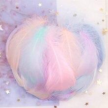 Penas de cisne naturais 4-8cm, pequeno flutuante colorido, plume de cisne para artesanato, joia de casamento, trajes de decoração de casa 100 peças