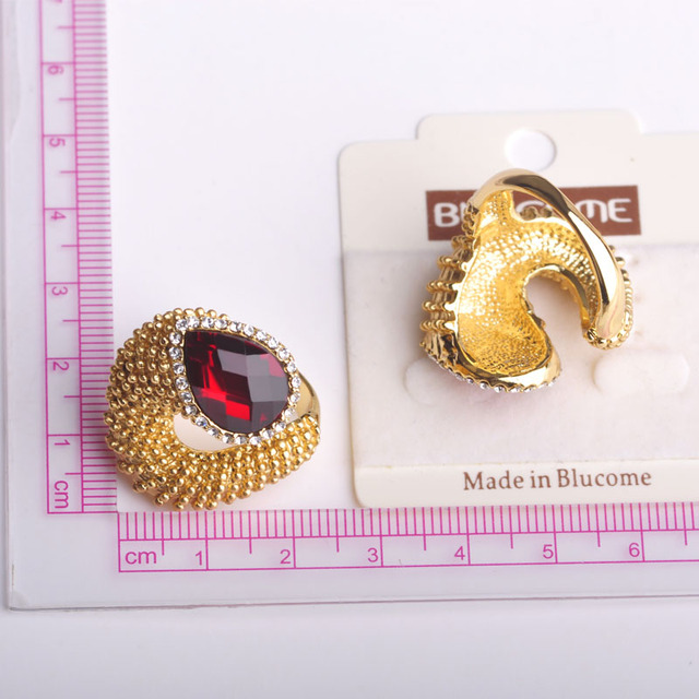 Exaggeration Big Red Rhinestone Ring Gold Plated Punk Rock Crystal Rings For Women Charming Stone Love Anillos Bijoux Femme