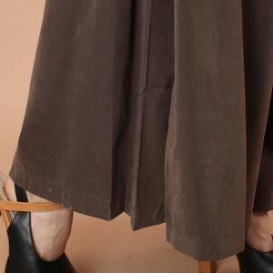 Image 5 - Più il formato primavera solido Delle Donne di Estate pantaloni Larghi del Piedino Allentati Pantaloni Del Vestito Femminile di Casual Pantaloni del Pannello Esterno Culottes Capris