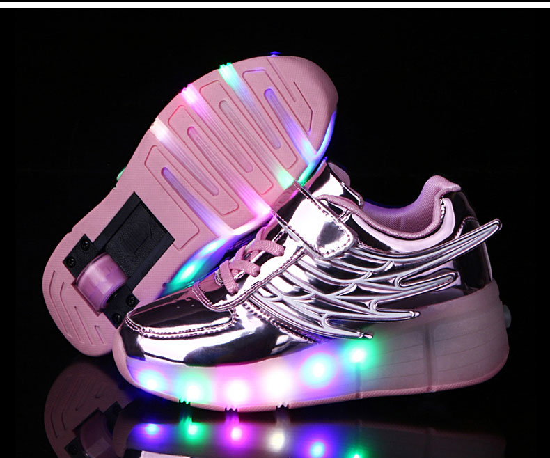 New Kids Black Glowing Sneakers With Wheels Boys Girls Automatic LED Light Roller Skates Shoes Child  tenis de rodinha1
