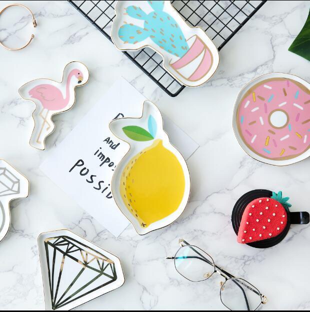A set of 2 Piece Creative Ceramic Jewelry Tray 1