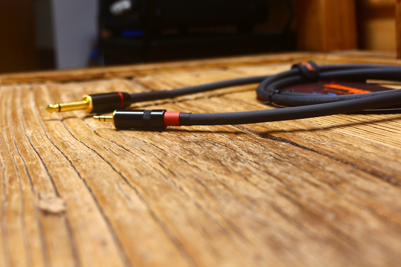 3.5 Dollar recorded cable 21