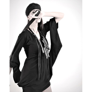 Image 4 - YD & YDBZ 新人デザイナーの高級本物の革のペンダントネックレス女性ネックレスゴシック革チェーンパーティーロングチョーカージュエリー