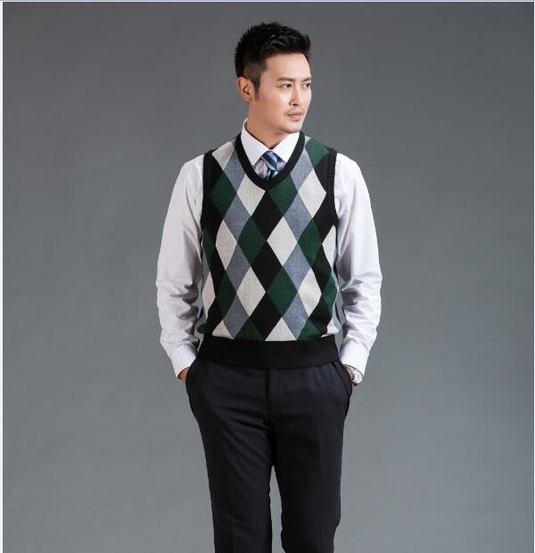 Hot Sale Mens Autumn 2016 Fashion Argyle Sleeveless Sweater V Neck Man Wool Sweater Vest