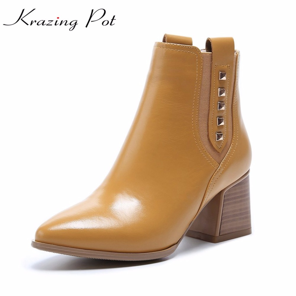 Krazing pot new cow leather pointed toe thick high heels fashion office lady metal rivets keep warm high quality ankle boots L12 krazing pot hot sale cow suede round toe thick high heels fashion office lady bowtie design keep warm quality ankle boots l8f1