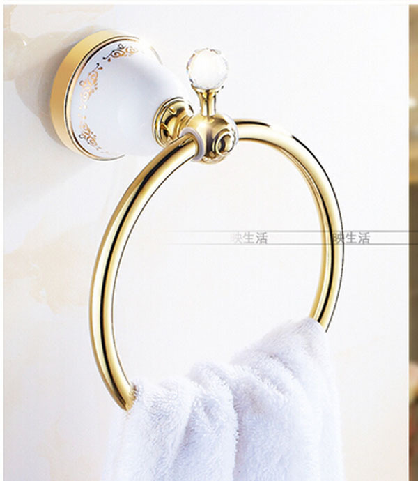 ФОТО Wall Mounted Bthroom White Color Golden Finish Base Towel Ring Lotus Base Towel Shelf