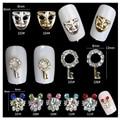 5 unids Diseño de la Máscara 3d Decoración de Uñas Glitter Gems Rhinestones Cristalinos del Oro de Plata Encanto de la Aleación Joyería Del Clavo de DIY Belleza herramientas