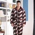 2017 Invierno Primavera Mantener Caliente Gruesa Lana Coral Hombres Pijamas de Dormir Tops y Bottoms ropa de Dormir de Franela Térmica ropa de Dormir