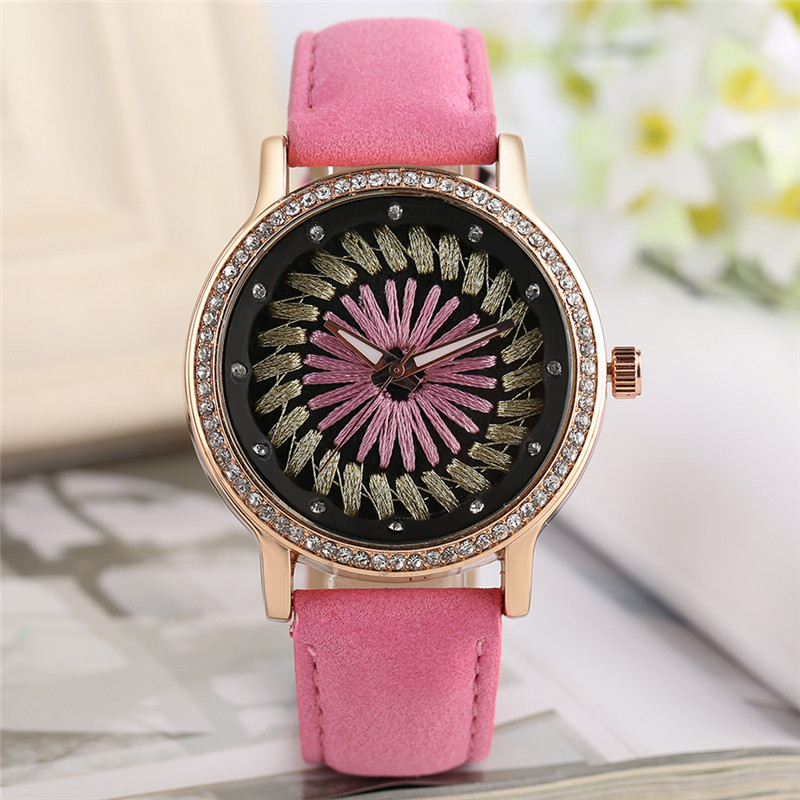 2017 New Arrival Elegant Ladies Quartz Wristwatch Hand-made Design Dial Rhinestones PU Leater Colorful Women Watches Gift reloj 2017 new arrival hand made full bamboo design quartz wristwatch bracelet clasp green beige dial simple casual male watch gift