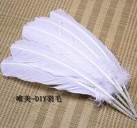 Atacado 100 pcs 25-30 cm cor branca real natural turquia penas plumas extensões de cabelo de penas de ganso