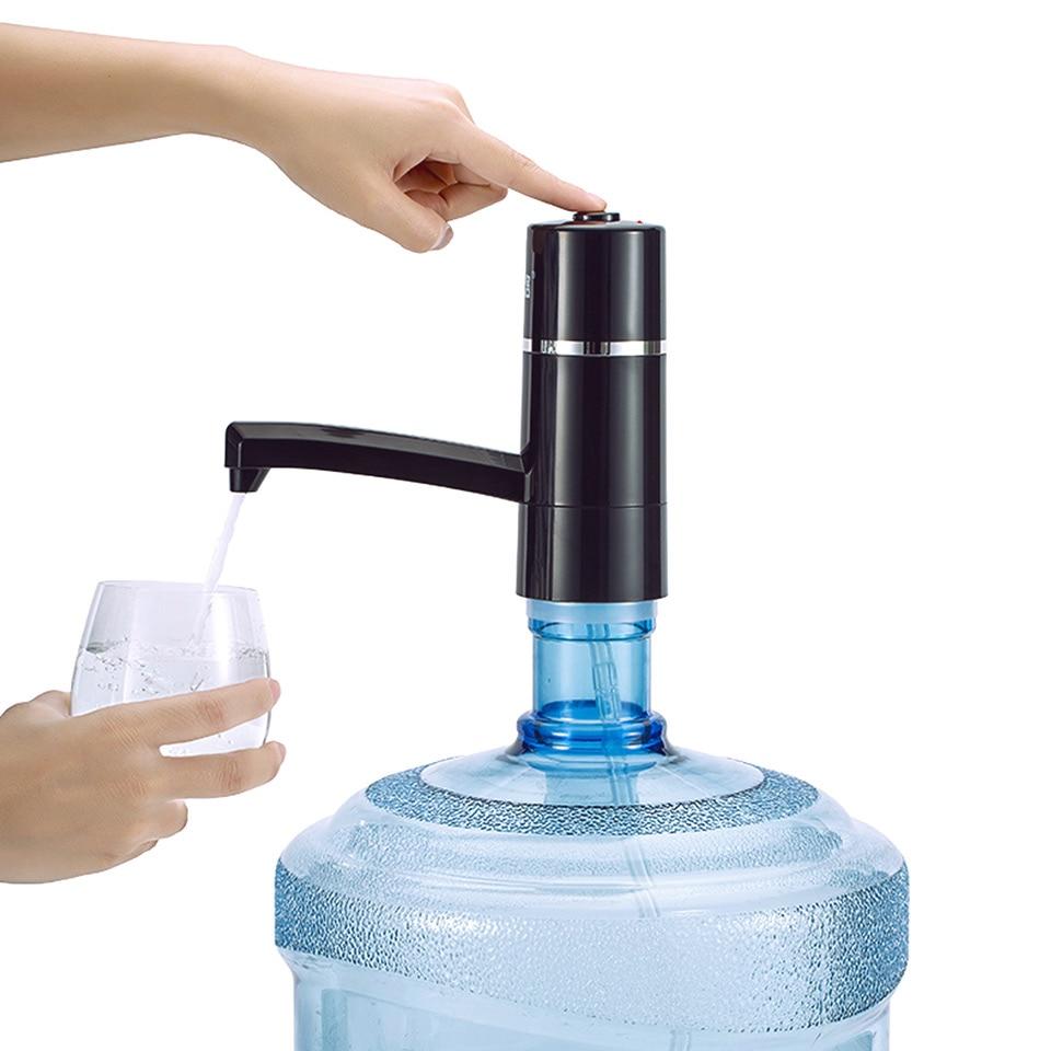 Sūknis ūdens pudelēm Bezvadu uzlādējams pārnēsājams elektriskais ūdens padeves automātiskais sūknis Dzeramā ūdens pudeles 2 Krāsas