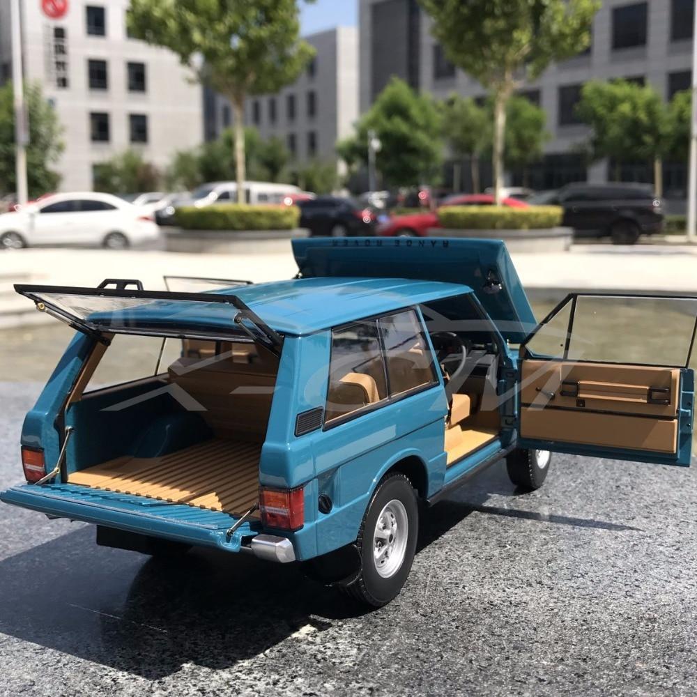 Diecast Modello di Auto Quasi Reale 1970 1:18 (Blu) + PICCOLO REGALO!!!!!-in Macchinine in metallo e veicoli giocattolo da Giocattoli e hobby su  Gruppo 2