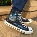 Вэнь горячая Распродажа дизайн с ручной росписью обуви на заказ Чеширский кот темно-синий высокий Топ мужские и женские парусиновые кроссо...