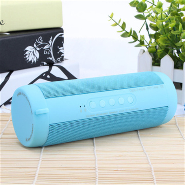 T2 Waterproof Sports Bluetooth Speaker Portable MP3 Music Subwoofer Outdoor Riding Sports Flashlight TF FM Speaker