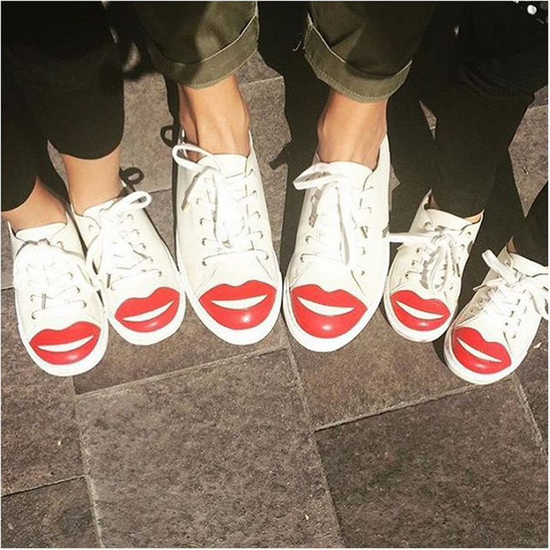 Luxury Brand Women Sneakers Fashion Red Lips Round Toe Lace Up Casual Shoes Street Style Outfit Gladiator Shoes Woman Flats Shoe new fashion black snake skin mens casual shoes round toe lace up flats loafers street style party dress shoes tenis feminino 46