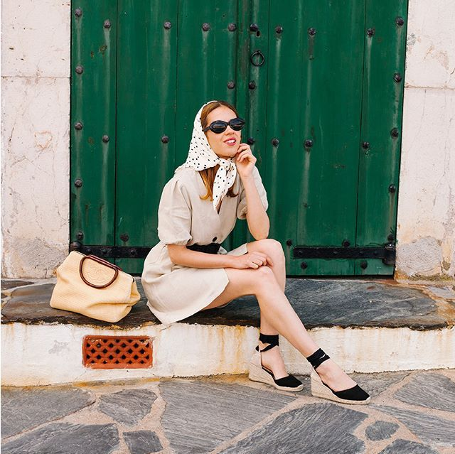 Women Shoes 7cm Wedge Espadrilles 2019 Sping and Summer Closed Toe shoes Classic Espadrilles Heel in white and black color in High Heels from Shoes