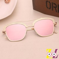 Europe and the United States new fashion metal ladies glasses retro square metal sunglasses