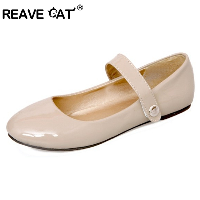 REAVE CAT 2017 New Women Slip On Casual Shoes Comfortable Round Toe Big size 30-50 Women flats Handmade Brand Sweet RL3436