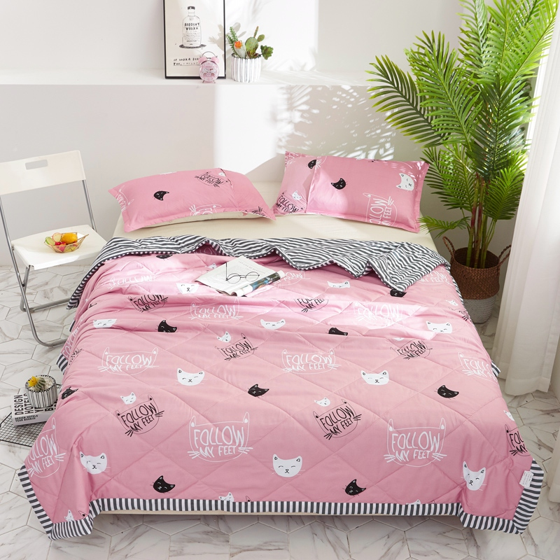 Pink Marie Cat Printing stripe Summer Quilts Comforters Childrens Girls Bedding washing Cotton Fabric Single Twin Queen SizePink Marie Cat Printing stripe Summer Quilts Comforters Childrens Girls Bedding washing Cotton Fabric Single Twin Queen Size
