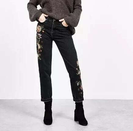 ФОТО New Fashion Denim Flower Embroidery Quality Jeans Woman Femme Skinny Pants Slim Women Jeans Floral Embroidered Black Blue Jeans
