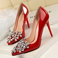 New Elegant Wedding Pumps Thin Heels Flower Rhinestone Patent Leather Pointed High Heels Shoes Diamond Women's Shoes G2586-19