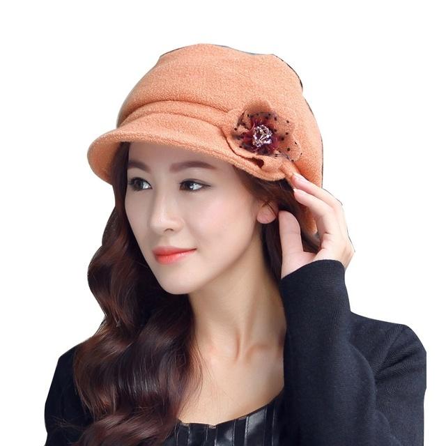 Mujeres alta calidad tapa , además de terciopelo bordado casquillo hecho punto 2016 rosa de noche elegante de moda dulce Floral Topper ocasional