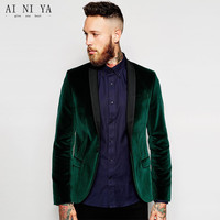 Fashionable men's suit green velvet coat the suit of the groom, holds the wedding party party suit custom jacket and trousers