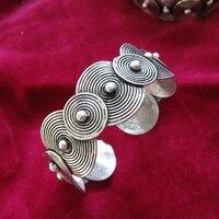 Guizhou ethnic style personalized jewelry handmade Miao silver bracelet face size pattern nail bracelet