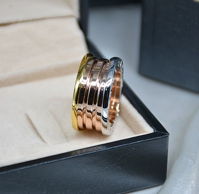 Titanium steel jewelry wholesale color spring ring lovers narrow edition spring three color rings three color spring ringTitanium steel jewelry wholesale color spring ring lovers narrow edition spring three color rings three color spring ring