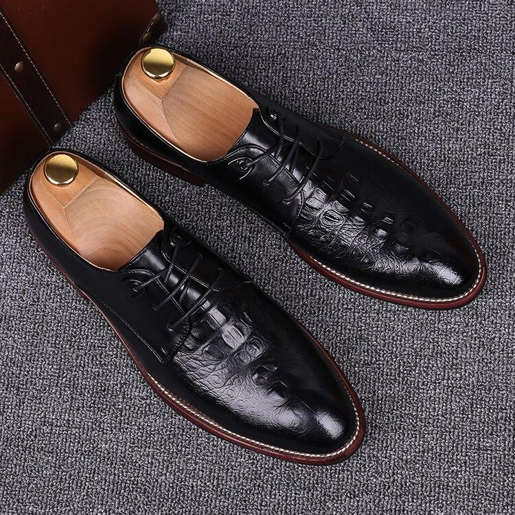 Crocodile en cuir nouveau noir jaune bout pointu affaires chaussures décontractées jeunes hommes marié à lacets robe de mariée chaussures