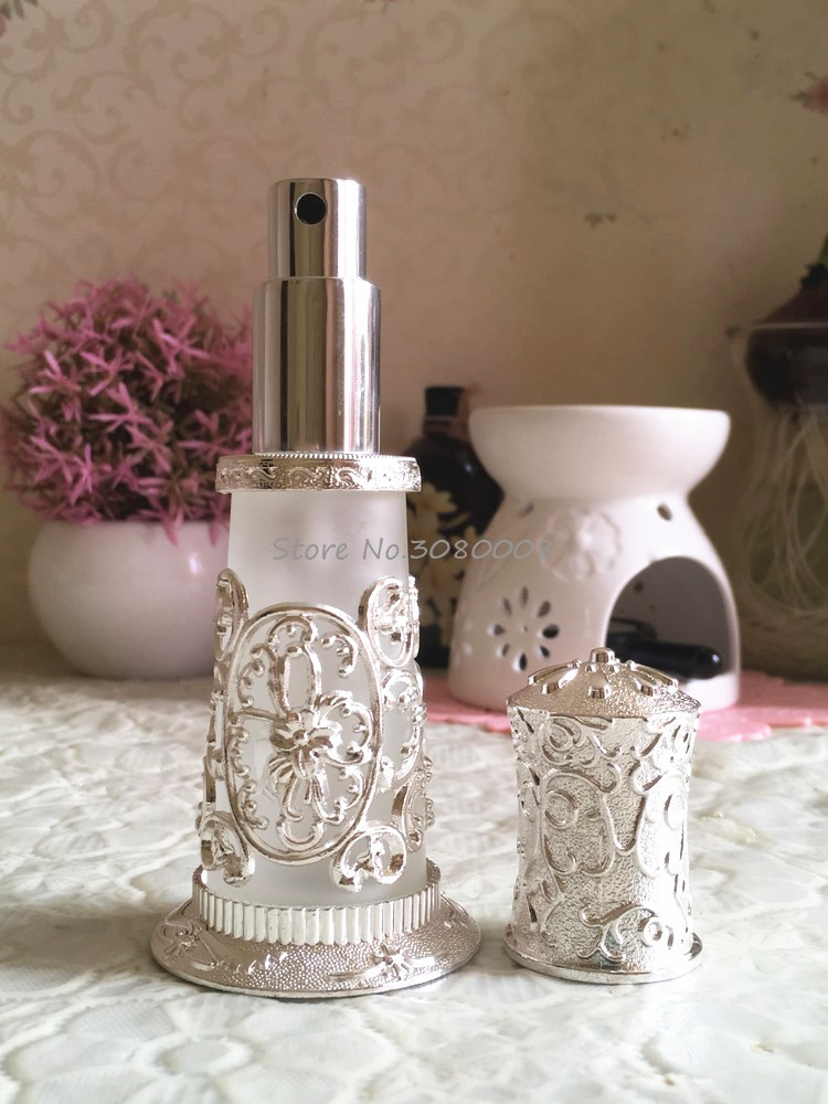 Palace carved frosted glass spray perfume bottle refillable My bottle terminal palace