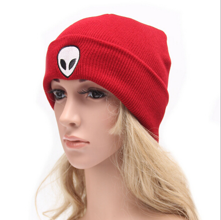 Free Shipping 2016 New Hip Hop Winter Outstar saucer Space UFO Skull Embroidery Beanie Hat For Women Men Ladies Girls Cap