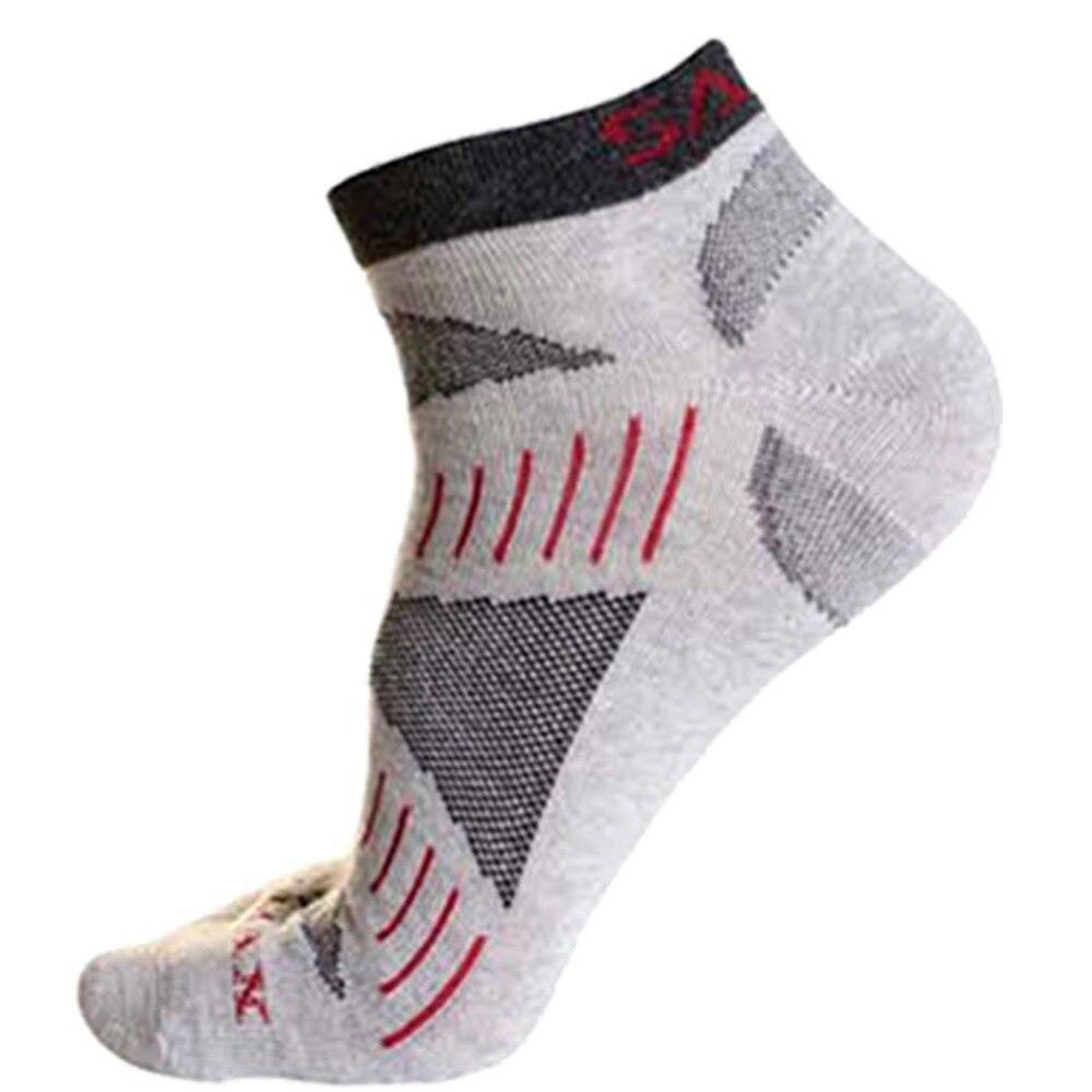 1 Pair Men Quick-Dry Socks Running Hiking Climbing Sports Short Geometric Socks GYM Fitness Breathable Quick-Dry Sports Socks