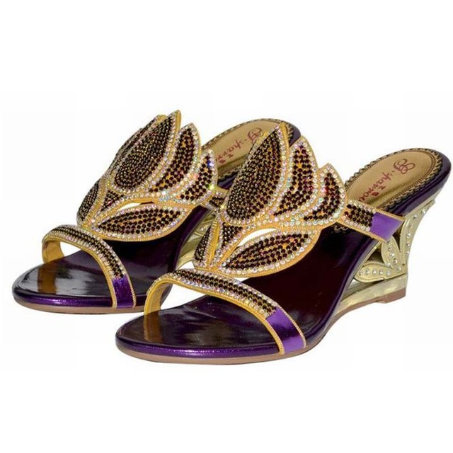 a1bb30d6989c 2018 Summer New Bling bling Crystal Woman Slippers Fashion Gold Purple Sexy  Wedge Rhinestone sandals cut-outs flower heels shoes