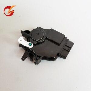 Image 1 - use for kia carens 2007 2012 model hyundai h1 grand starex i800 front door lock motor actuator Lh Rh 6pin