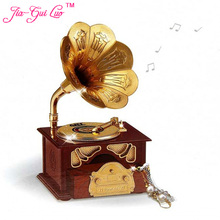 Desktop decoration creative phonograph shape music furnishing articles Music box restoring ancient ways Students opening gifts
