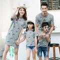 2017 roupas de verão mãe pai do bebê miúdos dos desenhos animados camisetas mulheres vestido de mãe roupas pai e filho roupas mae e filho filha