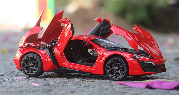 YUKALA 1:32 giocattoli per bambini Fast & Furious 7 Hypersport Mini auto giocattolo in metallo modello tirare indietro auto miniature regali per ragazzi bambini